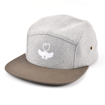 Wholesale  wool fabric flat brim 5 panel unstructured hat with leather strap