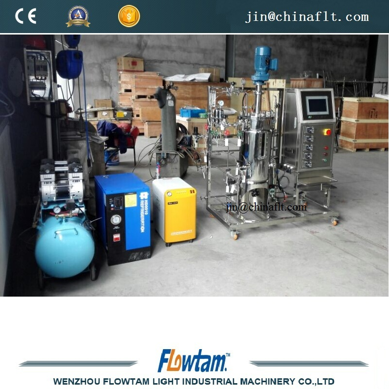 Stainless steel bioreactor tank with steam generator
