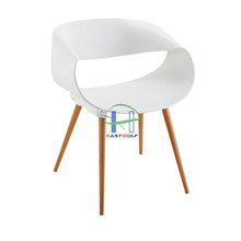 modern pp chair with wooden legs for dining/cafe, Guangzhou EASTWOLF LC-211