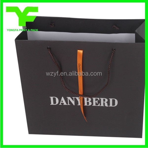 China cheap custom design apparel paper bag packaging