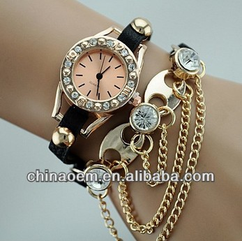 Promotion Fashion leather strap Chain Watch Bracelet Ladies Wind Rivet wirst watches Women Luxury Crystal Watch