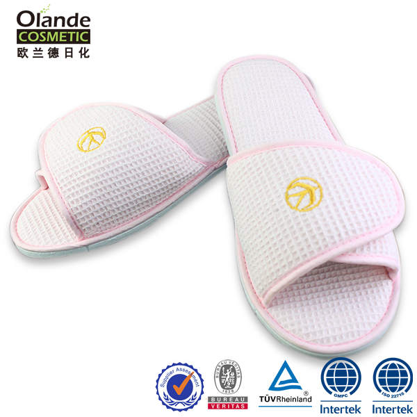 Wholesale Luxury Embroidery Women Fancy Bedroom Slippers for Hotel