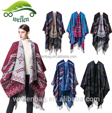 New Arrival Fashion Wholesale Vintage Geometric Winter Ponchos for Women