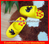 Squeaky Dog Chew Shoe Cheap Pet Supplier