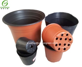 plastic pots for growing plants