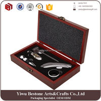 Hot Sale Zinc Alloy 5 Pieces Wine Accessory Set in A Wooden Box