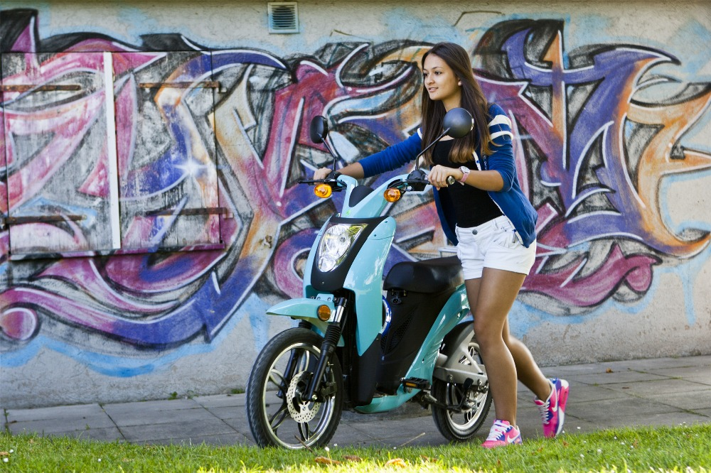 gas power mobility scooter CE/EEC high speed long range two wheel hub motor electric scooter with pedals for sale