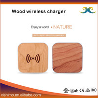 Wholesale CE,RoHS,FCC 5V 1.5A premium wood universal wireless charger for mobile phone