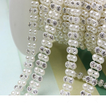 Newest Fancy Design Plastic Pearl Chain Roll Wholesale Rhinestone Cup Chain Trims