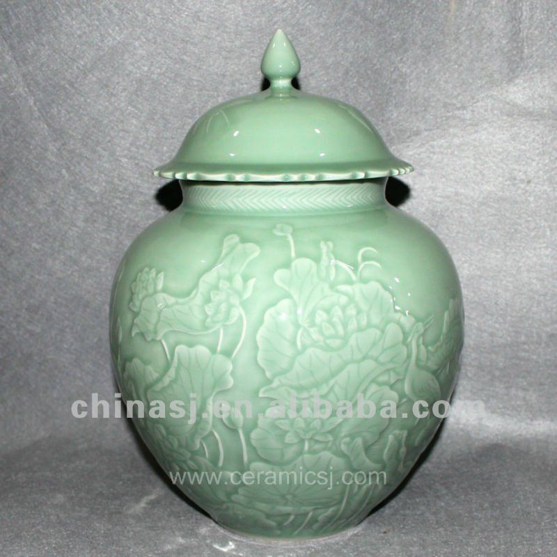 RYNT12 hand made green celadon ceramic jar with lid