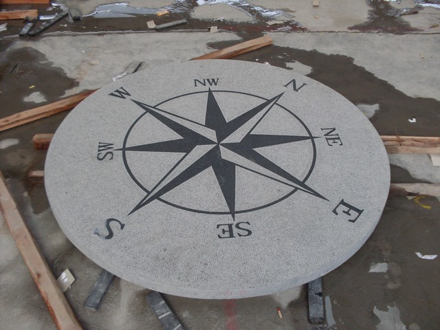 China Dark Grey Granite G654 Compass