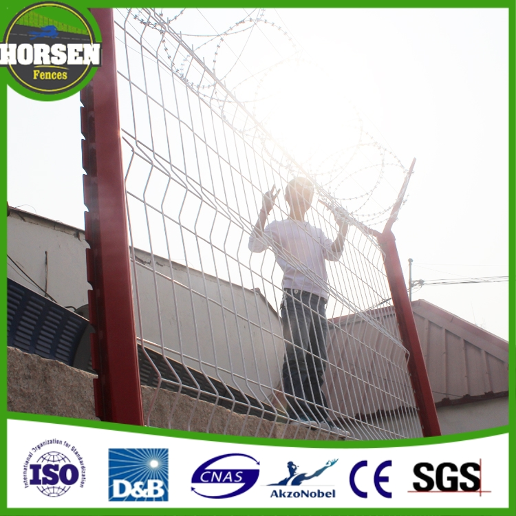 High Security Top Grade Fence Mesh Barbed Wire Mesh Fence for airport