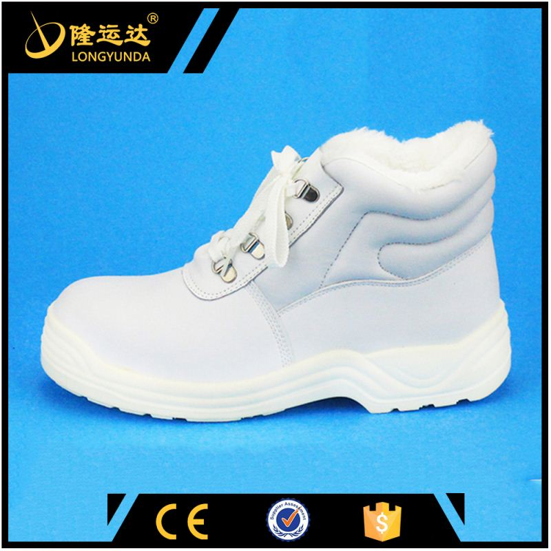 S3 leather safety shoe and winter season working boots