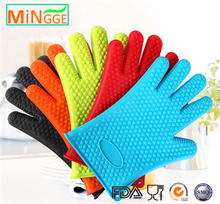 microwave oven use silicone rubber grip oven hand gloves