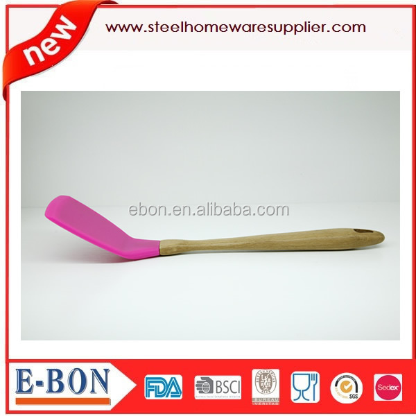 Several colors for choice Silicone rubber turner with wooden handle