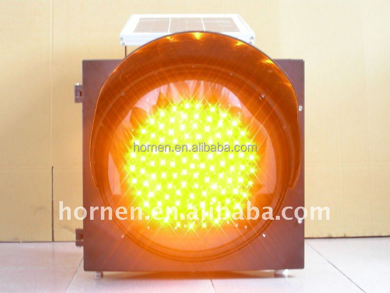 300mm Yellow solar LED flashing warning light