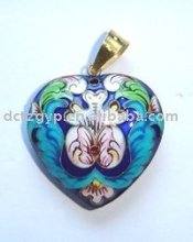 Silver filigree enamel Heart-shaped pendant