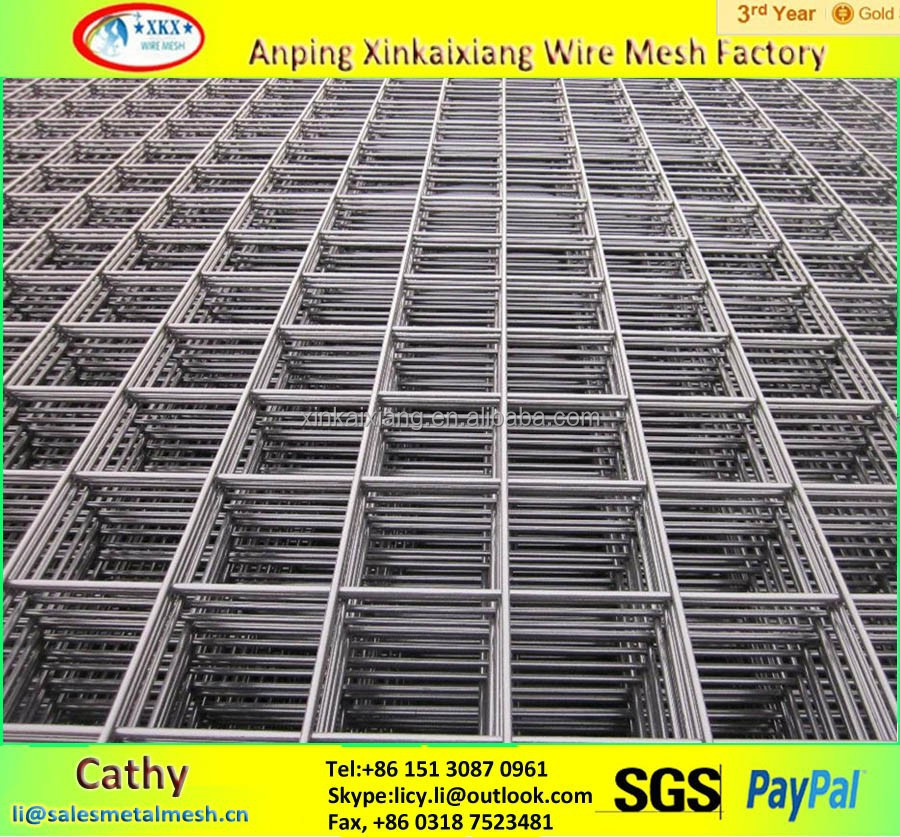 Construction welded wire mesh fence for reinforced