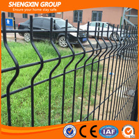 China supplier pvc coated welded wire mesh fencing for home garden