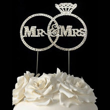 Crystal Mr &Mrs Wedding Cake Topper for Party decoration
