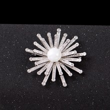 fashion design factory wholesale cubic zirconia pins wedding party princess sun flower brooch
