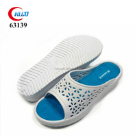 wholesale cheap white high heel wooden clog for woman