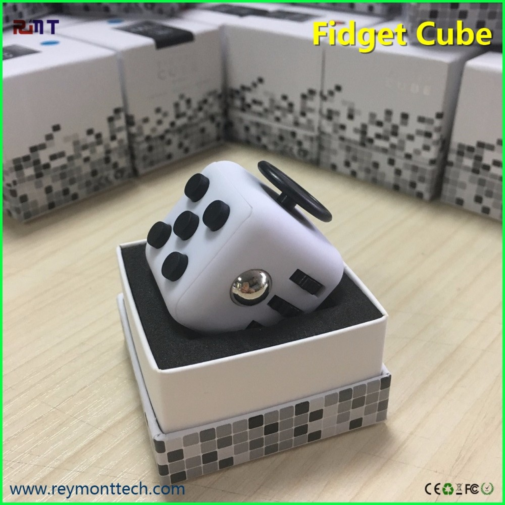 China supplier high quality magic toy fidget cube patented in China