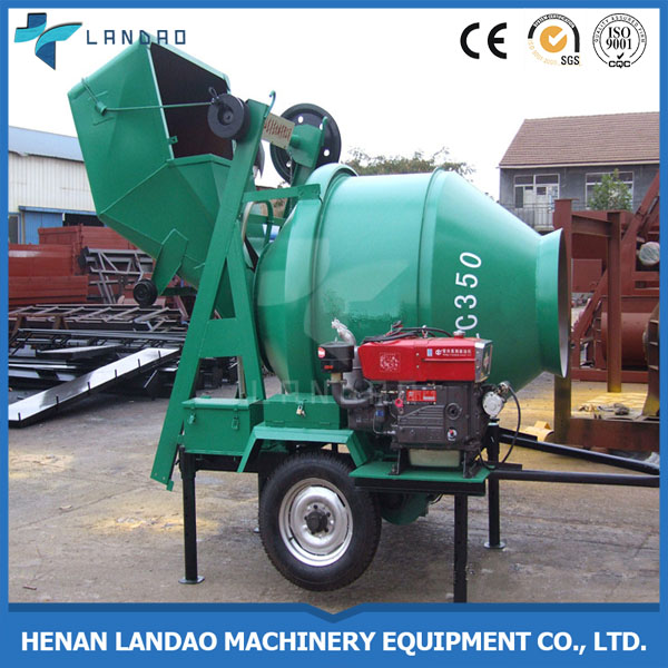 Good efficiency 300 litre self loading hydraulic diesel concrete mixer