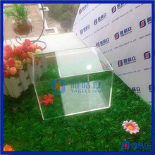 Professional factory custom made car model display stand wholesale acrylic model display case for plastic mini human figures