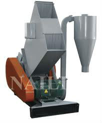 Crusher for plastic pipe