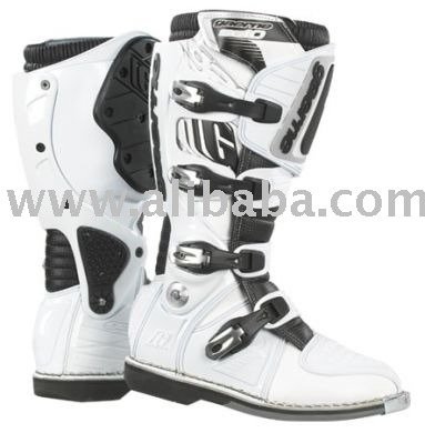 SG-10 Boots