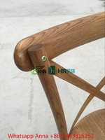 Beautiful Wood Grain Oak Material Stackable Wholesale Cross Back Chair