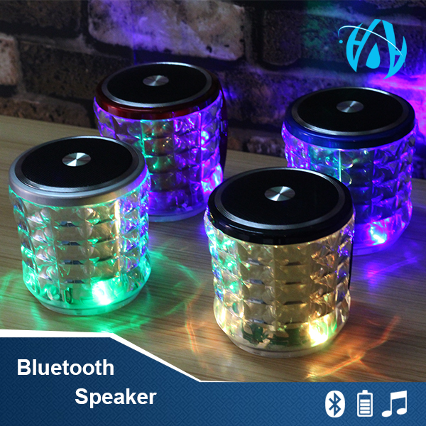Bluetooth Speaker Used in water, enjoy music during swimming.