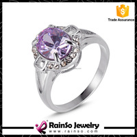 Low Price High Quality Finger Stainless Steel Ring with Big Purple Diamond