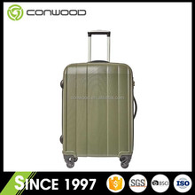 Easy and simple to handle most durable suit stylish luggage
