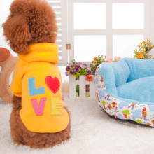 Wholesale Popular LOVE dog's hoodie pet clothes