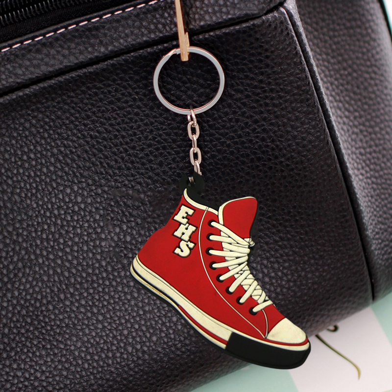 PVC 2d keychian silicone keyholder factory , hot selling shoe shape cute keychain