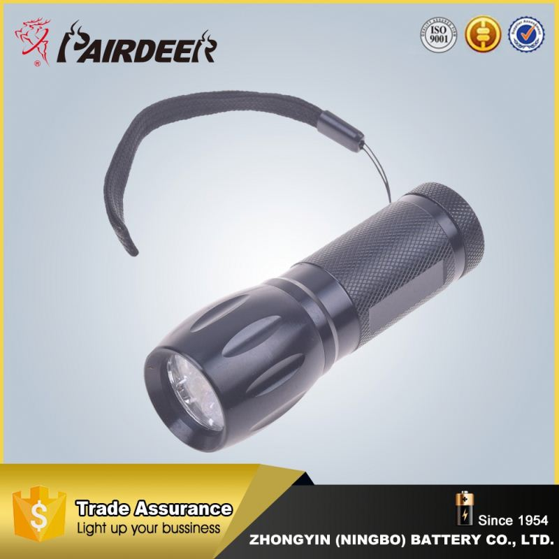 China factory supply wall mounted emergency rechargeable flashlight