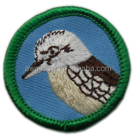 <strong>Fashion</strong> Design bird Pattern Round Embroidery Patch With Good Price