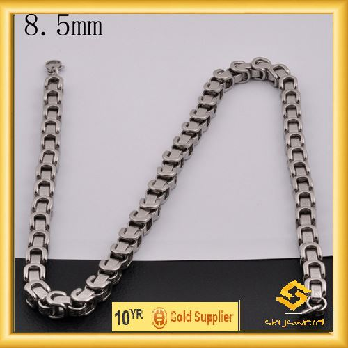 Classics ladies gold chains in competitive price