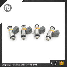 High quality 4 holes fuel injector for VW Gol MPI / Fiat Palio / Fiat Siena IWP041