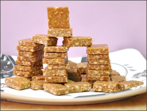 Peanut Chikki - Traditional Indian made sweet Peanut candy