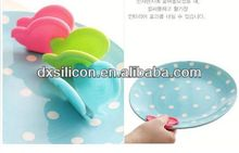 FDA/LFGB 2013 hot sell mini silicone butterfly silicone waffle pot holders