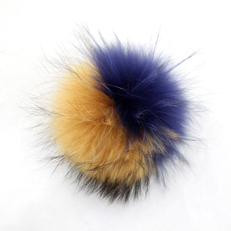 Myfur Newest Fashion Raccoon Fur Pompoms Wholesale Top Ball On Winter Hat Wholesale Genuine Raccoon