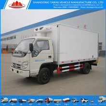 Hot selling 5 ton 4X2 LHD refrigerated box truck small freezer truck for sale