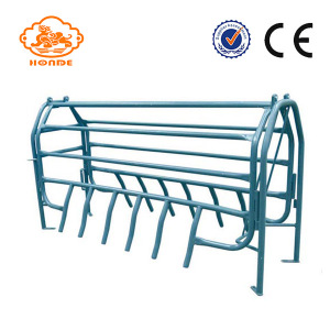 Stable Painted Hot Dip Galvanized Farrowing Pig Crates For Sow Livestock Farm On Sale