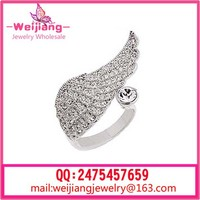 C05 angel wing ring gold angel wedding engagement ring