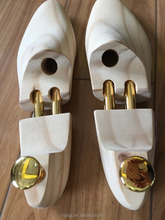 Natural wood shoe tree,shoe support for man