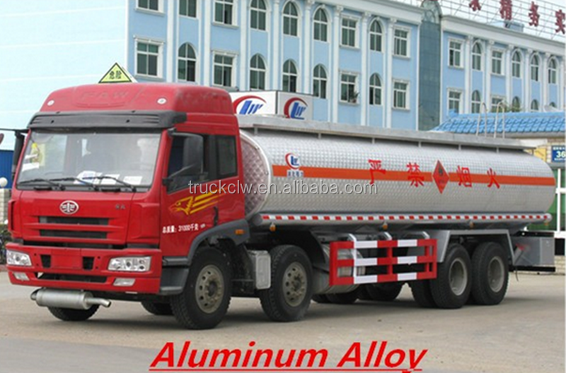 Manufacturer used 4*2 two axles small Road Tankers Trucks for sale