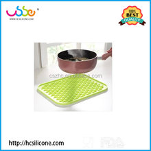 LFGB approved anti-slip silicone repeatedly use placemat